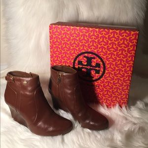 Tory Burch Milan 85mm Wedge Bootie size 8